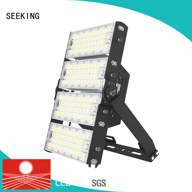 SEEKING slim led floor light with a clear scale table for parking