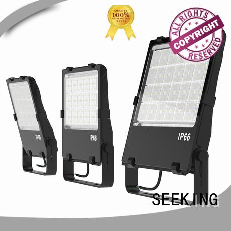 SEEKING rotatable led indoor flood lights with a clear scale table for walkway areas